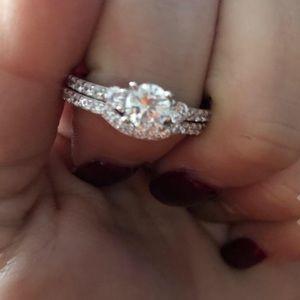 2 piece engagement ring set
